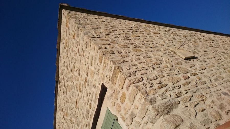 Architecture Building Exterior Built Structure Clear Sky Sky Sunlight Provence