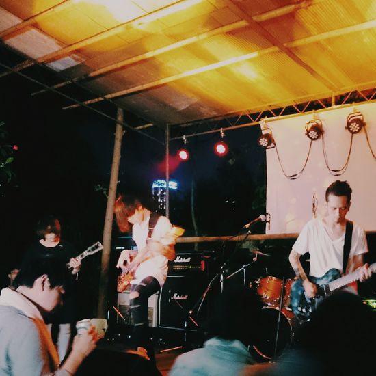 巨獸搖滾。 康士坦的變化球 Postrock Rock'n'Roll Indierock Live Music 巨獸搖滾