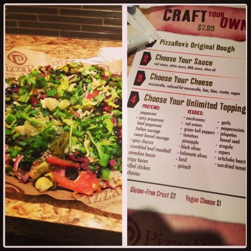 Yuuum~ Thincrust Createyourownpizza Craftyourown Iloveveggies Ilovemeat