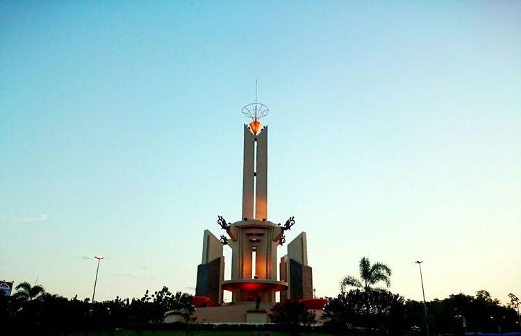 Tugu Simpang 4 Banjarbaru Kalimantanselatan Xperiaz2 Travel Photography