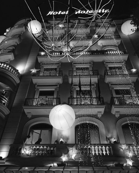 Architecture_bw Architecture_collection Architecture Architecturelovers Building Building Exterior EyeEm Best Shots - Black + White Blackandwhite Photography EE_Daily: Black And White Blackandwhite Eye4black&white  The Architect - 2015 EyeEm Awards IPhoneography Iphoneonly Iphonephotography Night Lights Nightphotography Bestoftheday