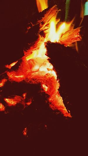 Wood fire At Night Night Lights Flames Love ♥ Fire Of Love Spark Warmth Warm Feeling