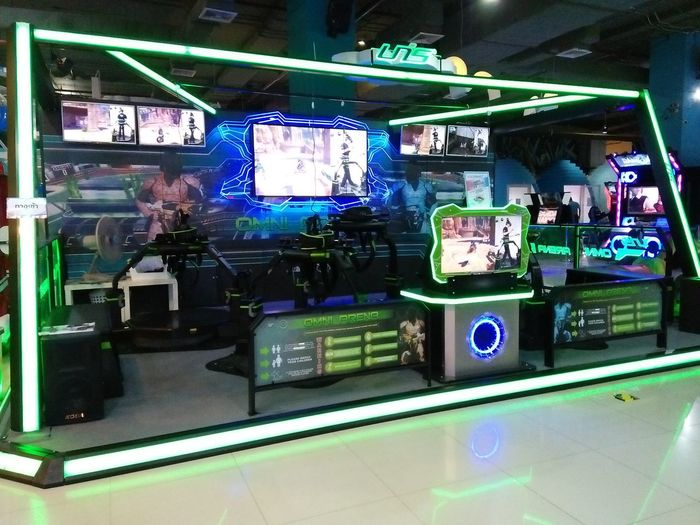 Business Finance And Industry Consumerism Indoors  Illuminated No People Gametime Game Gamezone Light