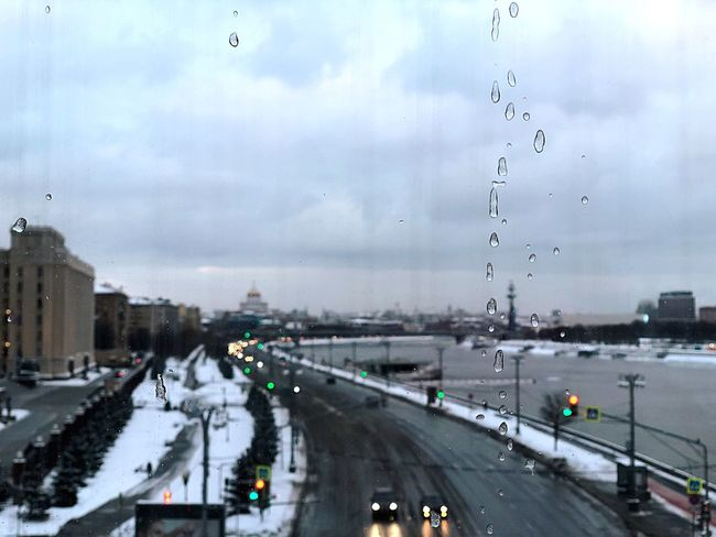Snow Moscow River Window Lights Eyedrops Transportation Car Road Sky Street Land Vehicle Mode Of Transport City Built Structure Outdoors Water Building Exterior Day Architecture Cloud - Sky