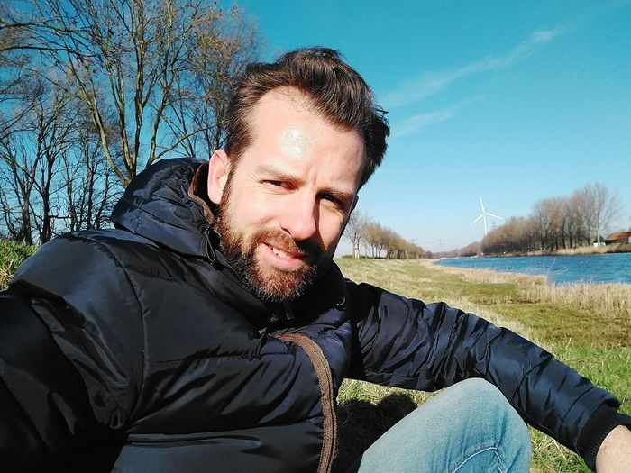 Dutch 🤳 #thisisholland #holland #trees #selfie #EyeEmnaturelover #selfienation EyeEm Selects Only Men One Man Only Adults Only Beard One Person Adult People Casual Clothing Headshot Sky Outdoors Young Adult Looking At Camera