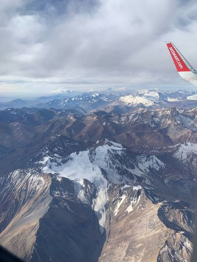 #Chile #Argentina #Cordillera #LosAndes #JetSmart #Montañas #Nieve #Verano #Nubes #Vuelo #Altura #Viaje #Avion #Aire #Mendoza JetSmart Cloud - Sky Sky Air Vehicle Scenics - Nature Mountain Nature Beauty In Nature Flying Airplane Day Travel Environment No People Mountain Range Aircraft Wing Aerial View Outdoors Landscape Transportation