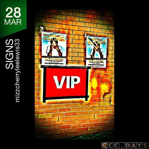 Photooftheday Ccdays Ccdays365d0328 Sign photo challenge competition 365days futuremusic 2014, photo taken & edited with cameraplus & squarereadyproapp @Squarereadypro on iphone5 noexpensespared! On vips lol pharell posters brick wall hdr filter funday with friends summer festivals random shot instavip! Hahaha ?✌️?