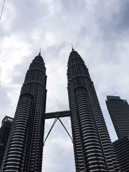 Travel Destinations Twin Towers Kuala Lumpur Malaysia  Low Angle View Sky City Built Structure Tower Architecture