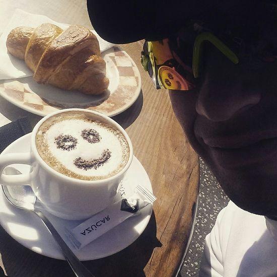 Nada mejor para empezar el día k una gran sonrisa y muchos ánimos :) Tenerife Sonrisa Smile Desayuno First Eyeem Photo
