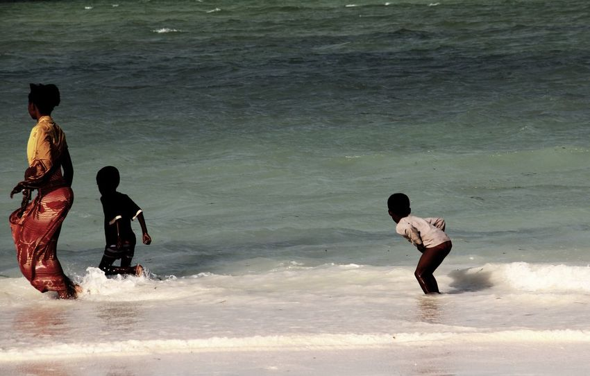 Zanzibar Childhood Photography Canon Travel My Year My View African Beauty Eye4photography  Travel Destinations Market Zanzibarisland Sea Africa Mom Water Documentary Outdoors Real People Horizon Over Water Summer Beach Sport Day People
