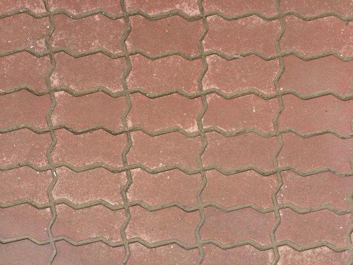 Worm bricks