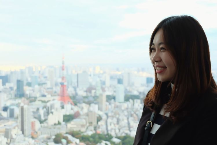 Enjoying the moment Koreangirl Cityscape Candid Photography Candid Candid Portraits Women Women Portraits Japan Travel EyeEm Blurred Background portrait of a friend Portraits City Cityscape Smiling Business Skyscraper Happiness Headshot Urban Skyline Business Finance And Industry Television Tower Tourist Attraction  Bangs Medium-length Hair