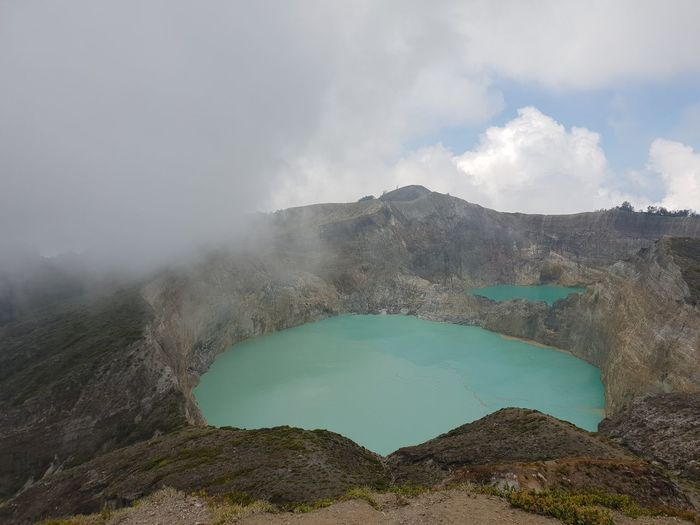 Kelimutu Lake Kelimutu Kelimutunationalpark Kelimutu Lake Kelimutu National Park Ende Flores INDONESIA Water Hot Spring Mountain Lake Irrigation Equipment Volcanic Crater Sulphur Sky Cloud - Sky Landscape First Eyeem Photo