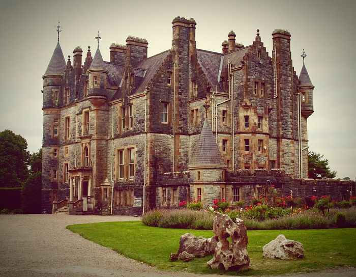 Architecture History Palaces Ireland 🍀 Travel Destinations Royal Palace Built Structure The Past Blarney Castle Blarney Stone Blarney
