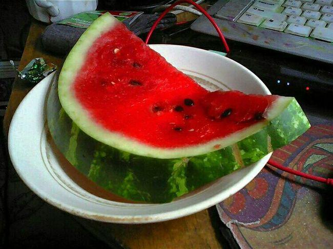 Watermelon🍉 Watermelon EyeEM Photos EyeEm Gallery Taking Photos People Watching Арбуз Арбузик🍉 Арбузик Арбузяка