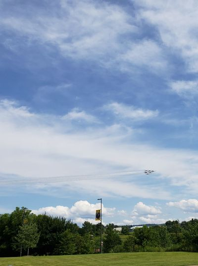 Military Airplane US Air Force Airshow Air Force Formation Flying Thunderbirds, Air Show, Aviation Tree Flying Sky Cloud - Sky Fighter Plane Vapor Trail Military Airplane Aerospace Industry Aerobatics Air Vehicle