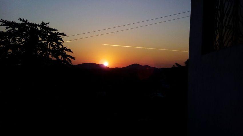 calidez Sunset Mountain Silhouette Sky Tree Sun Mountain Range Day Scenics first eyeem photo