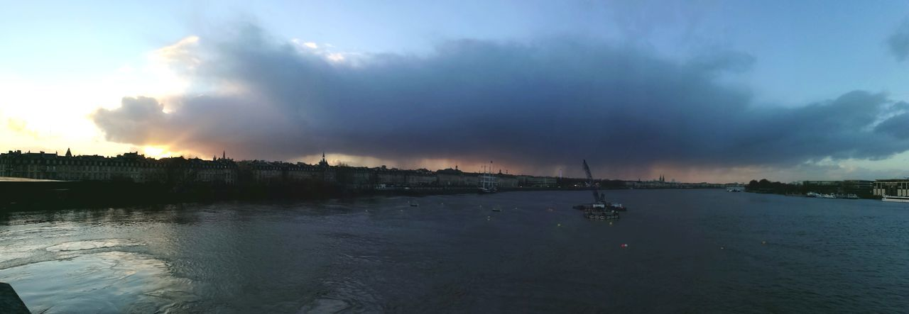 Rainy day in Bordeaux Water River Landscape Sunset Extreme Weather Thunderstorm Bridge - Man Made Structure Outdoors