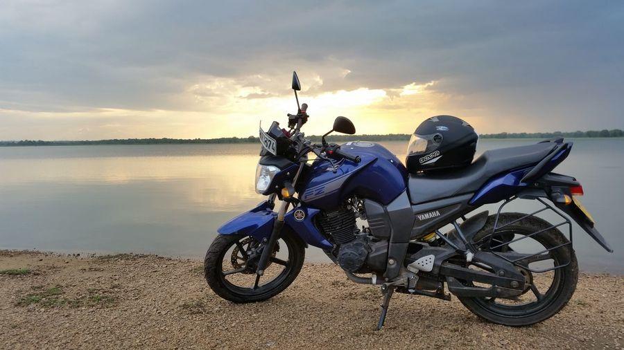 Transportation Batticaloa Batticaloa Transportation Motorbike Sri Lanka Unnichchai Sky Sunlight Cloud - Sky Sunset