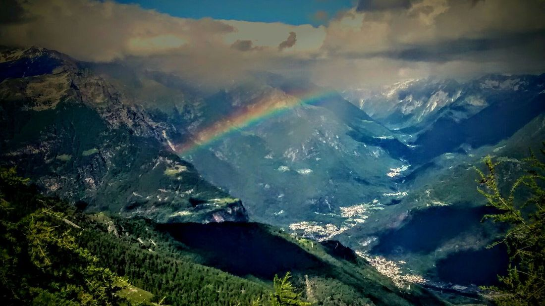 Rainbow Chiavenna Valchiavenna EyeEm Nature Lover Enjoying Life Mountain View Colours