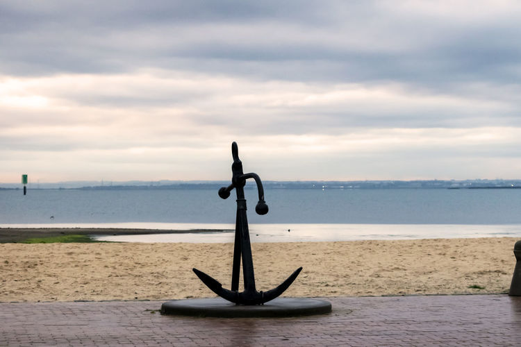 Anchor sculpture at the Geelong foreshore. EyeEm Gallery Anchor Anchor - Vessel Part Art And Craft Balance Beach Cloud - Sky Day Horizon Horizon Over Water Land Nature Nautical Nautical Theme No People Outdoors Sand Scenics - Nature Sculpture Sea Sky Tranquil Scene Tranquility Water Waterfront