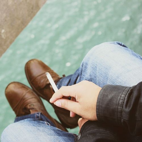 Smoke on the water. Escaping Relaxing Smoke On The Top Dam Blue Jeans Shoes First Eyeem Photo Contrast Cigarettes 👌💕