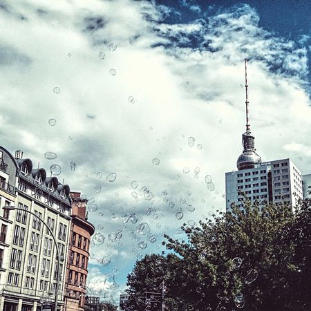 Walking Around My Fuckin Berlin Bubbles City Streetphotography My Year My View Capture Berlin
