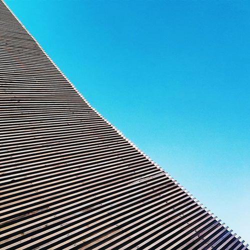 No subject. Lookingup Learnminimalism Minimalist Edgetoedge Santodomingo Sky Blue Wood Linemeetscorner