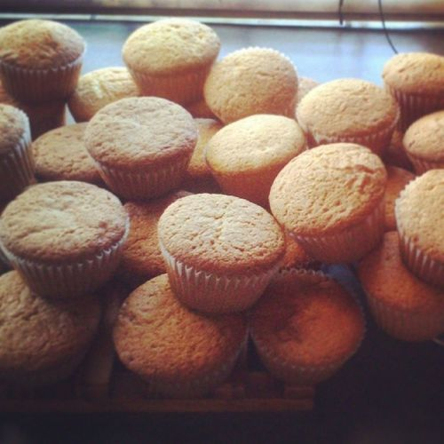Coffee & Lemon Cupcakes ready for frosting! Bakingupastorm cupcakes food yummy cake love
