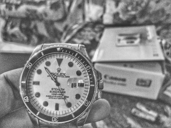 Time Close-up Clock Indoors  No People Day Journalism Rolex Watch Geneva Switzerland Black & White Free Edit Graines