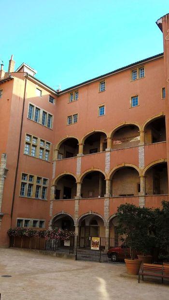 Lyon : La maison des avocats dans le quartier Saint Jean