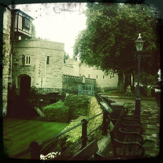 Walking around at Tower of London Riverside Walk No Flash Float Film Walking Around