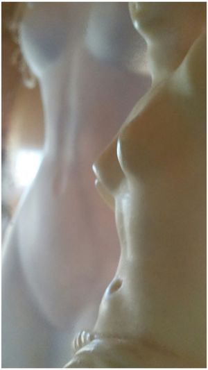 Showcase: January - Venus and the mannequin. No. 1. Venus De Milo Art Photography Statues/sculptures ArtWork Art Museum Close-up ArtInMyLife Artofvisuals Vibrance Artistic Photo Statuette Art Is Everywhere A New Perspective On Life