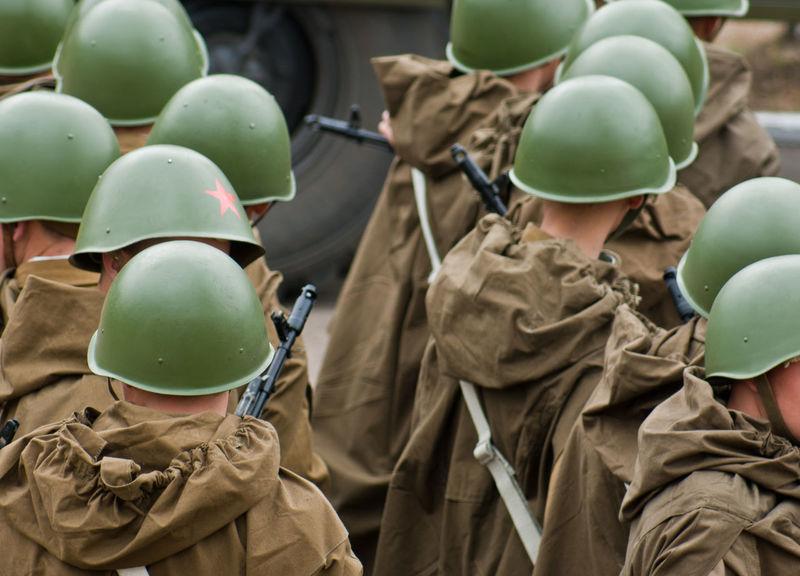 Army Helmets Redstar Soldiers Submachine-gun War Weapons
