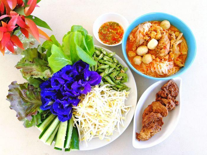 Thai Food Style Thai Food Heritage Thai Food Decoration Thai Food Style Healthy Food Thai Style Rice Noodle EyeEm Selects Variation Plate High Angle View Close-up Prepared Food