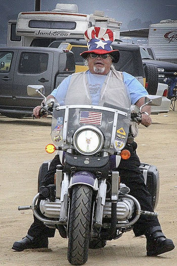 bikes pgr american flad Adult American Flag Day Funeral Ceremony Militery Funeral Motorcycle One Man Only One Person Outdoors People PGR