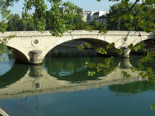 Good Morning ! This Morning Paris Is For Lovers La Seine What Makes You Calm Poesie