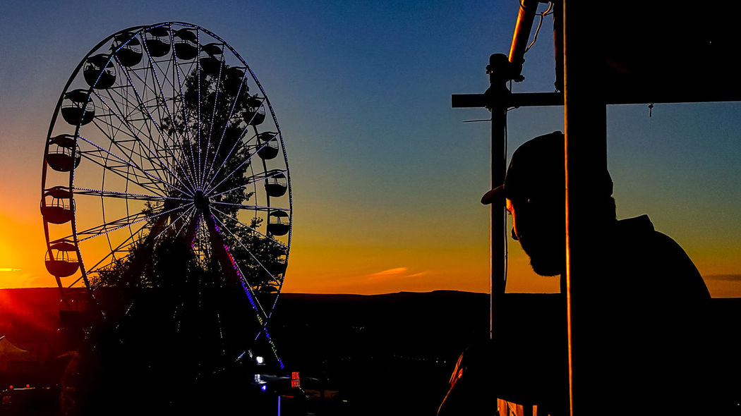Sunset Arts Culture And Entertainment Ferris Wheel Sky Outdoors Music Festival ElectricCastle.17 EyEmNewHere EyeEmNewHere