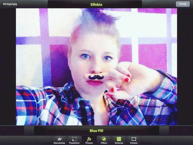 Moustache ✌ Lina's