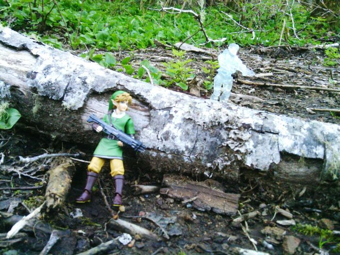 link became the hunted Thelegendofzeldaskywardsword Toy Photography Figmalink Figma Goodsmilecompany Link Zelda Thelegendofzelda