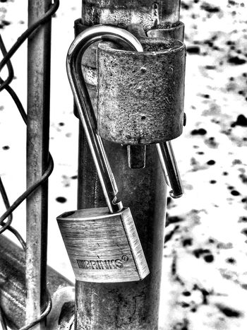 Unlocking ... Depth Of Beauty Dreamwork Is Team Work DreamersBelieveInDreamers Healing Light Steady As She Goes Love And Light Missing You Strength Training Twin Flames Wonder Twins Activate! Photography Locks Locks Of Love Protection The Monitor Kept Our Story Closer And Closer To One Day P.s. I Love You EyeEm Collections Bonded For Life SAFE HAVEN Linked Safety