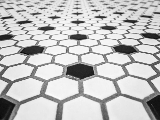 Trying something new for the Bnw_friday_eyeemchallenge Simplicity Minimalism Minimalobsession Blackandwhite Urban Symmetry Urban Geometry Perspectives Deceptively Simple Black And White