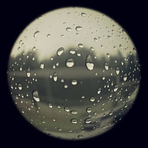 Its raining out and this is the kind of picture I took of it Coolpics Rainy Fisheyelens
