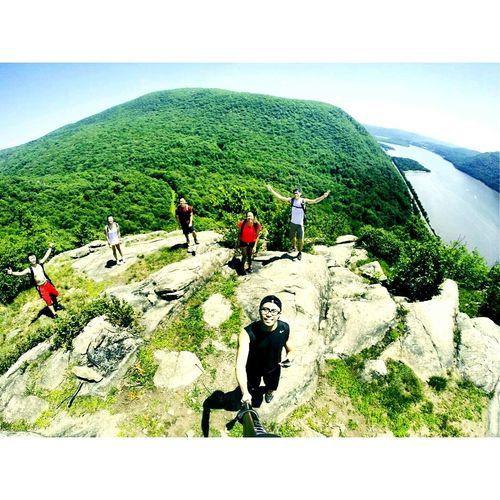 Capturing Freedom Breakneckridge Hudson NY Friends Hike