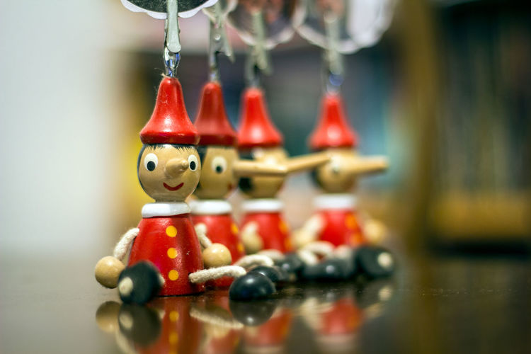 Stock de muñequitos Stock Stock Image Muñecos Puppets Marionette Marionettes Pinocchio Pinocho Madera Wood Focus On Foreground Focus Stockphotography