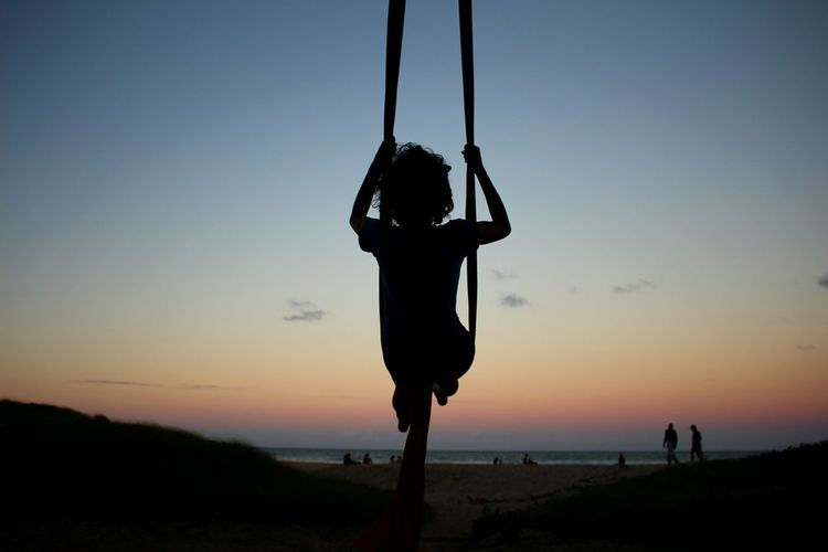Silhouette Sea Canon700D Nature Sky Clouds Aerialsilks People Beach Horizon Afternoon Blue Sky Braziliangirl Recife Brazil Ludic Dream Flying High EyeEm Best Shots EyeEm Sunset Nature Photography Flaviasky