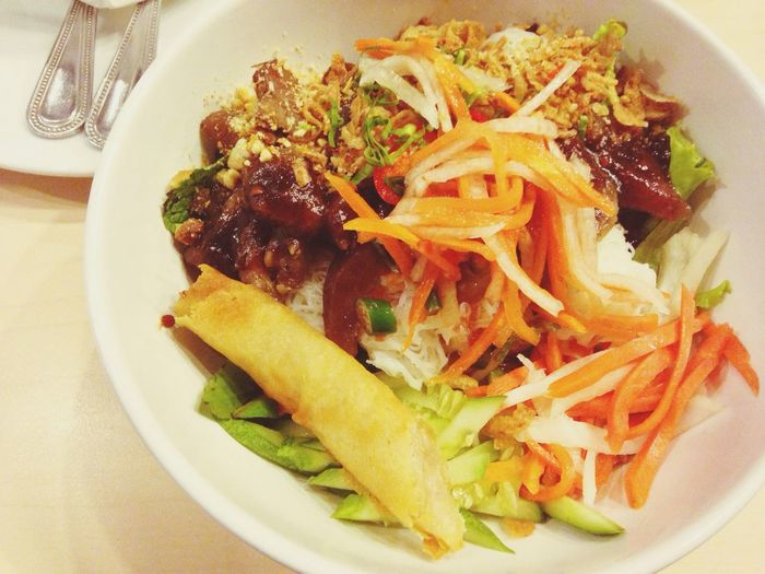Vietnamese food Lunch Vietnamese Food Esplanade Ratchadapisek G Floor Happy Meal Salad Pork Noodle With Salad Bangkok Thailand