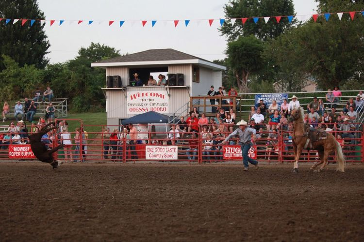 Cowboylife Rodeo Cowboy Calf Roping Check This Out Cowboys Dream Check This Out