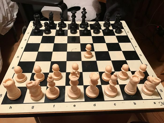 D5 salen las blancas. Ajedrez El Mejor Juego Black And White