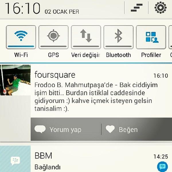 Millet isi gucu birakmis Foursquareden tanisiyor. Kardesim insallah kizmazsin yaa :) Foursquare Chat With You coffee work hard instagram instamessage instatalk